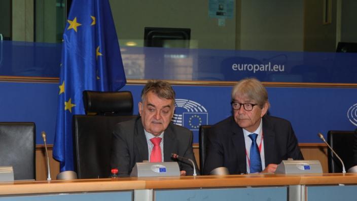 Reinhard Silberberg, Ständiger Vertreter Deutschlands bei der EU, im Gespräch mit den CDU/CSU-Europaabgeordneten am 1.06.2017 in Brüssel
