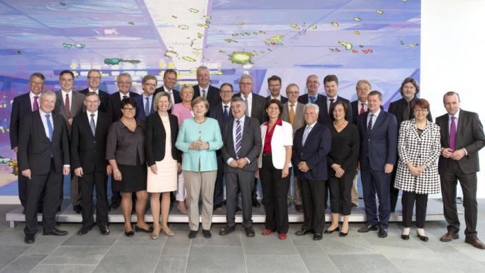 Meinungsaustausch der CDU/CSU-Europaabgeordneten mit Bundeskanzlerin Dr. Angela Merkel im Bundeskanzleramt am 2.06.2017
